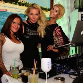 Micaela Schäfer mit eigener Lounge auf Mallorca