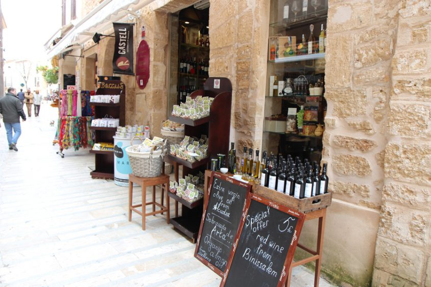 Geschäft Mallorca Symbolbild
