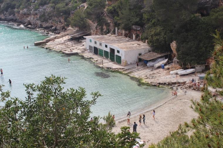 Strand von Cala Pi ist flach abfallend